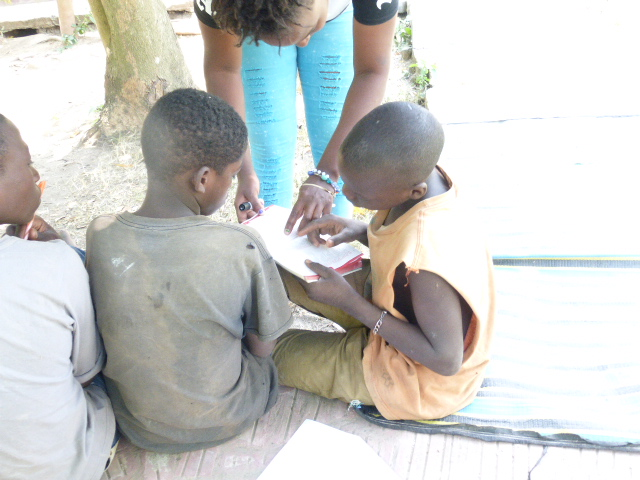 Mwalimu Fiesta teaching